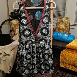 Free People Dresses - Open back gorgeous dress